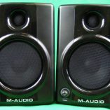 M.Audio AV40 front