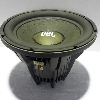 JBL W15Gti (2)